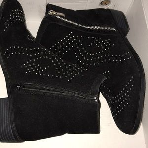 booties for the winter ! great condition